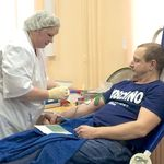 100 человек стали донорами крови